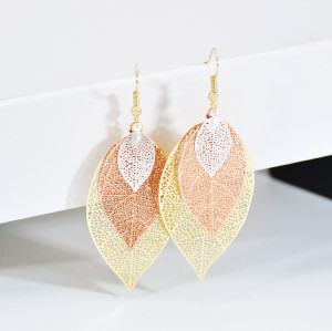E-6021 Hollow Leaf Dangle Earrings for Women Bohemian Lightweight Tassel  Drop Earrings