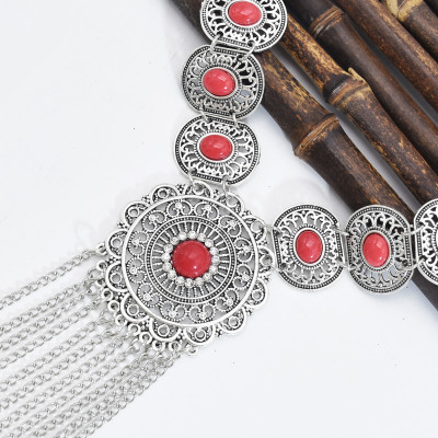 N-7483 Bohemian gemstone hollow tassel necklace fashion atmosphere inlaid with Indian ethnic jewelry