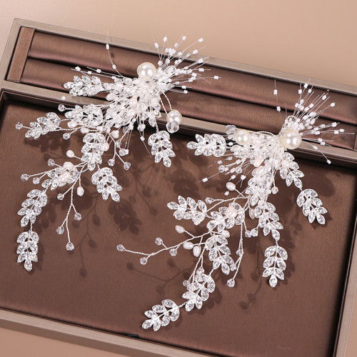 A pair of European and American hot selling crystal pearl hairpin bridal wedding headdress wedding dress accessories banquet headdress