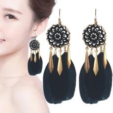 E-6134 Bohemian Stylish Girl Statement Gold Chain Tassel Wood Beads Drop Dream Catcher Women Feather Earrings