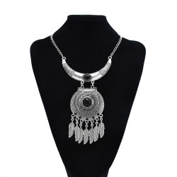 N-7590 Bohemian Gypsy Vintage Jewelry Green Black Artificial Acrylic Stone Feather Tassel Round Silver Vintage Statement Necklace