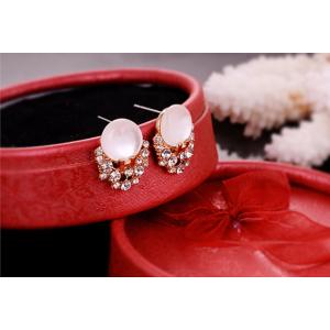 New Fashion Gold Plated Alloy  Delicate White Opal Rhinestone Stud Earrings E-2063