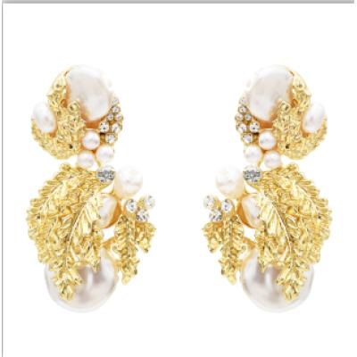 E-5522 2019 Newest Gold Leaf Drop Earrings for Women Bridal Tear Drop Hanging Earrings Pearls Jewelry