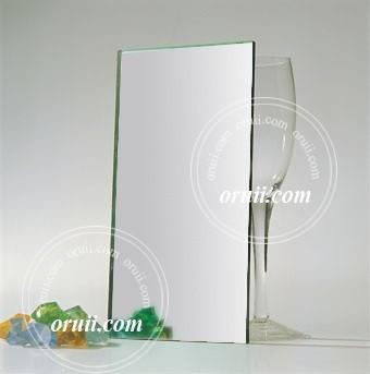 серебряное зеркало листа