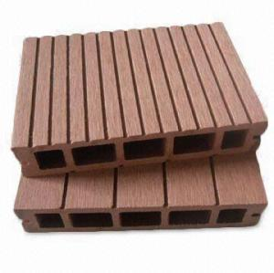 Hollow wpc flooring board wood plastic composite decking