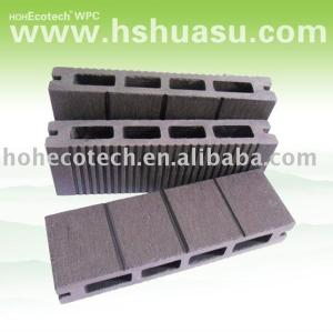 Natural wood looking and feel wood plastic composite decking