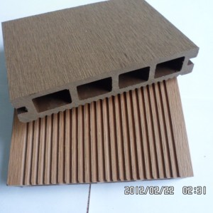 China High quanlity WPC decking made of wood plastic composited material most suitable for outdoor use
