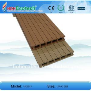 esterna in legno decking di plastica