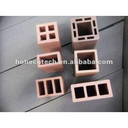 防水木製のプラスチック合成の囲うポスト、空のポスト、直立したポスト