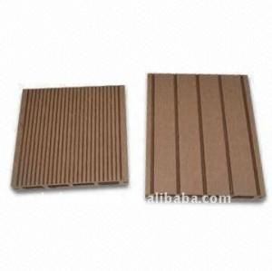 Le decking de WPC a réutilisé le decking composé en plastique en bois/plancher de bois de construction composé en plastique en bois