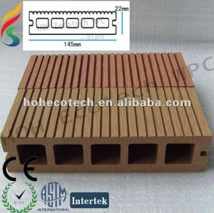 Wood plastic composite floor for garden plank
