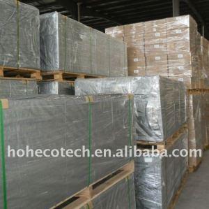 Notre paquet du decking composé en plastique en bois du matériau de construction WPC/du decking wpc de plancher