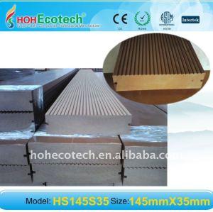 Hölzerner zusammengesetzter Decking-/Bodenbelag VERSANDENDER Oberflächen-WPC DECKING-Brett wpc im Freienbodenbelag