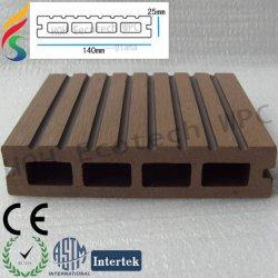環境に優しい木製のプラスチック合成物WPCの屋外のdecking