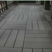 disegno del pozzo decking di wpc piastrelle di legno decking composito di plastica
