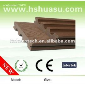 Color stability plastic wood decking