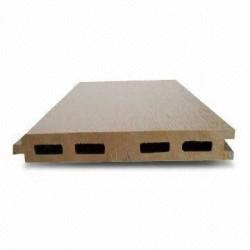 設置accesorriesの木製のプラスチック合成のwpcの合成物のdeckingのない125x15mm屋内または世帯か屋外のフロアーリング