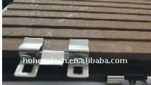 Le decking de Solid&Hollow WPC d'installation de plancher de Decking de WPC couvre de tuiles le plancher composé en plastique en bois