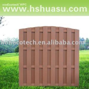 clôture composée en plastique du bois