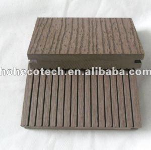Decking composé extérieur plein/plancher cannelés du bois de construction 140x25mm WPC en bois