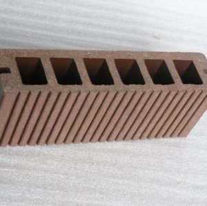 plancher plancher-sûr d'emballage de decking en plastique en bois
