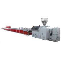 WPC pallet machine