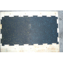 Interlocking rubber matting