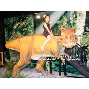 Animatronic T-Rex Ride