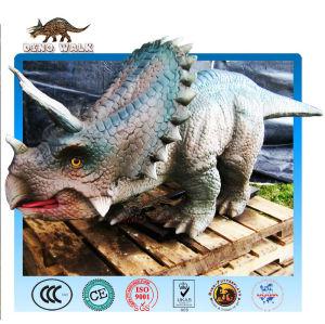 ديناصور ترايسيراتوبس الروبوتية المصغرة