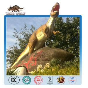 ركس الديناصور النموذج بالحجم الطبيعي في الهواء الطلق