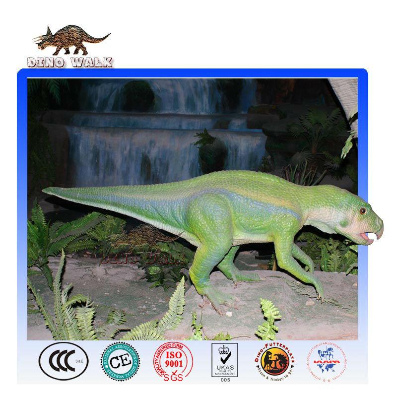 نموذج ديناصور بالحجم الطبيعي الطفل