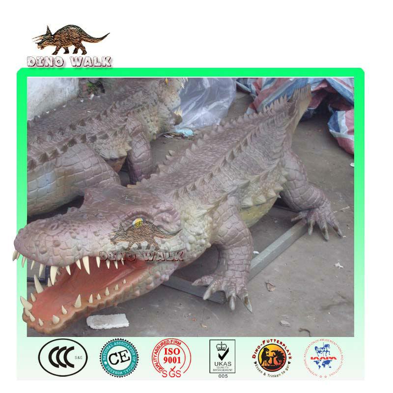 Rainforest Animal Exhibit Model