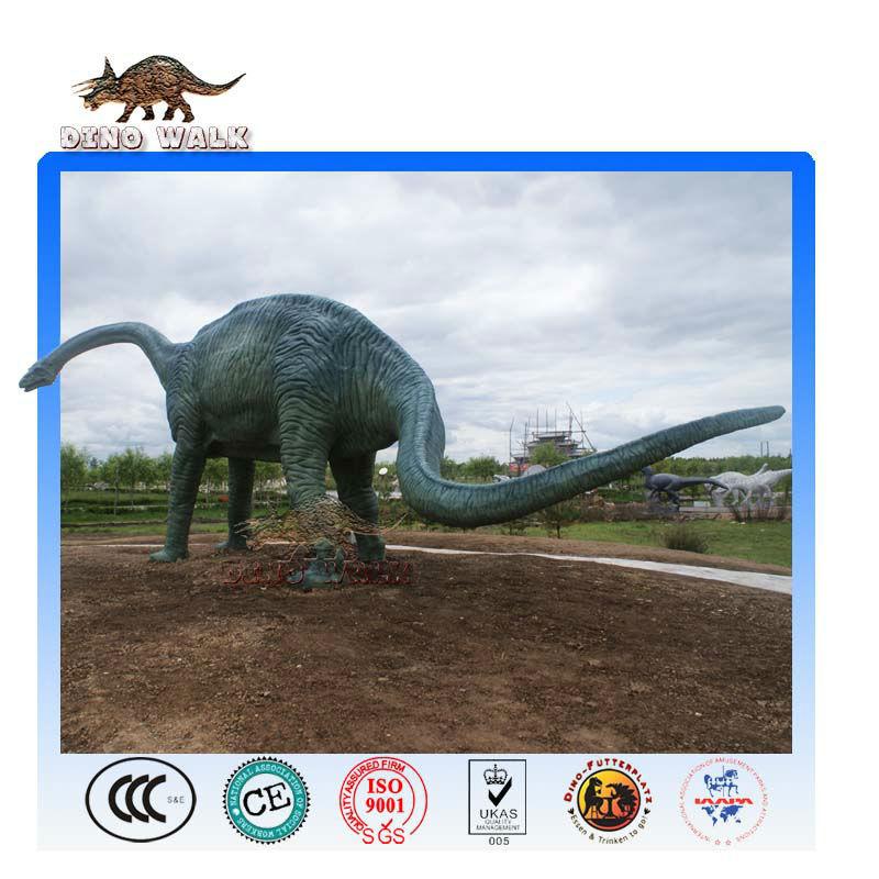 große jurassic dinosaurier skulptur