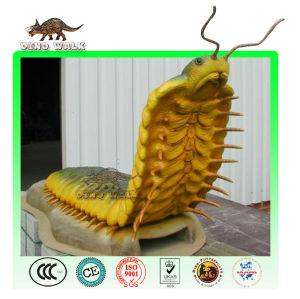 큰 크기의 곤충 모델- 지네 같은 것들은