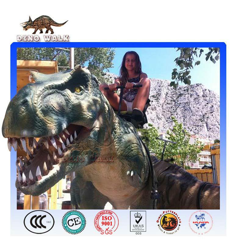 T-rex robot ride
