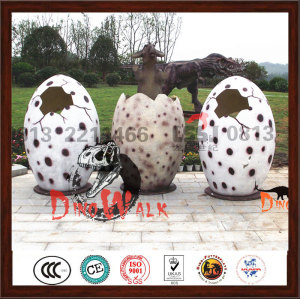 Life Size  Fiberglass Dinosaur Eggs For Taking Picture