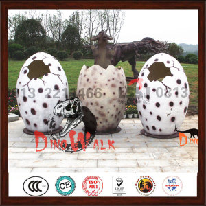 Life Size  Fiberglass Dinosaur Eggs For Taking Picture