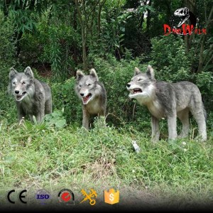 life size animatronic wolf  animal statue with high quality