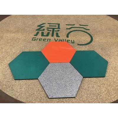 Hexagonal rubber tiles