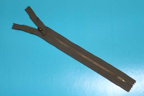 金属拉链  AVV-MZ005