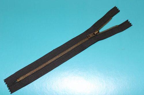 金属拉链  AVV-MZ006