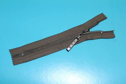 金属拉链  AVV-MZ007