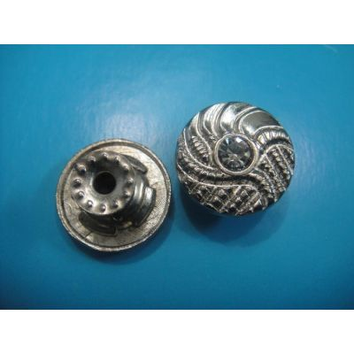 Jeans button with diamond