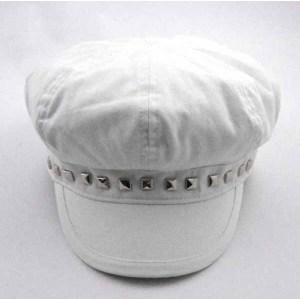 RIVETS DECORATED WHITE COTTON CAP