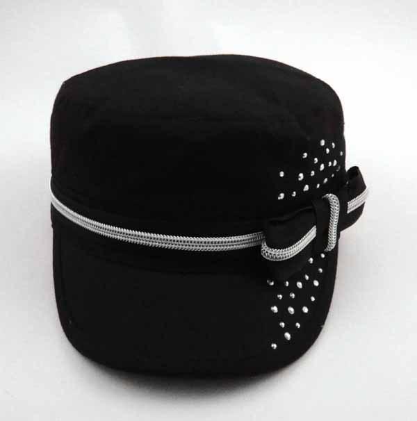 Bonnet de coton MILITAIRE AVEC STRASS