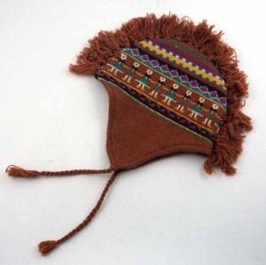CHAPEAU DE STYLE INDIEN TRICOT