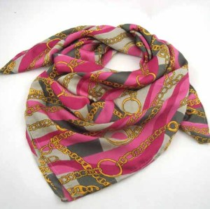 SQUARE PRINTED SCARF
