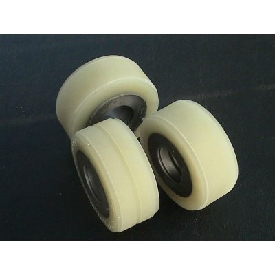 polyurethane material for pulleys