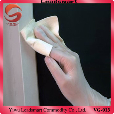 New type  AQL1.5 powdered vinyl gloves disposable