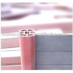 円形の塀の柵のpavillionの合成の屋外のポスト